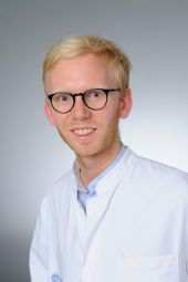 Dr. Robert Siggel