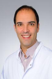 Dr Deniz Hos