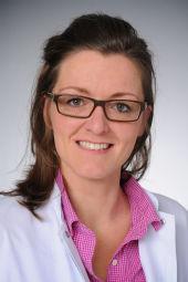 Dr. Tamina Seeger-Nukpezah