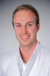 Dr. Victor Mauri