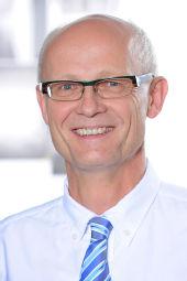 Univ.-Prof. Dr. Reinhard Büttner