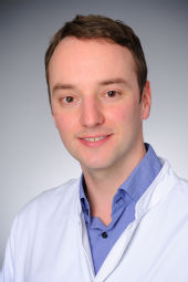 Priv.-Doz. Dr. Max Schlaak
