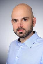 Dr. Dr. Alejandre Alcázar, Leiter der Arbeitsgruppe Experimentelle Pneumologie an der Klinik und Poliklinik für Kinder- und Jugendmedizin der Uniklinik Köln