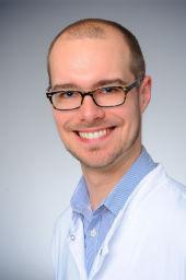 Dr. Alexander Kuczkowski
