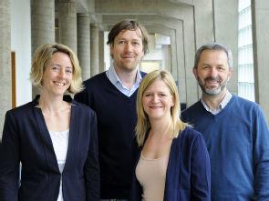 Das EBiSC Team (v. l.): Maike Kreutzenbeck, Dr. Klaus Neef, Rebecca Dieterich und Dr. Dr. Tomo Saric