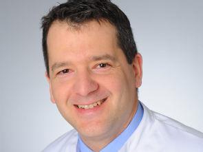Prof. van Eimeren forscht für Alzheimer Patienten