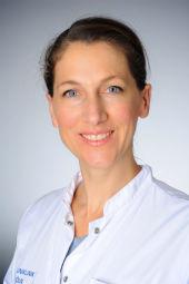 Dr. Claudia Schöler