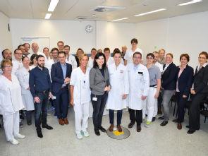 Bei der Eröffnung des Aufnahmezentrums der Allgemein-, Viszeral- und Tumorchirurgie, Foto: Uniklinik Köln