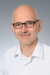 Dr. Peter Herkenrath