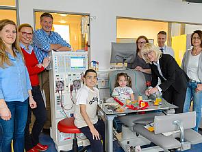 Elfi Scho-Antwerpes besucht die Kinderdialyse der Uniklinik Köln, Foto: Uniklinik Köln