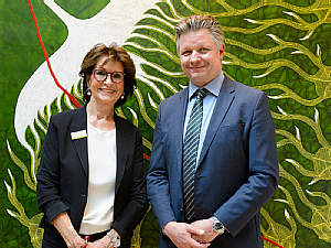 v.l. Marlies Busch und Prof. Dr. Frank Jessen, Foto: Uniklinik Köln