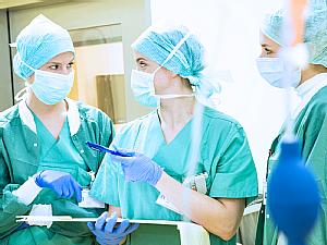 Anästhesisten bei der Arbeit, Foto: Uniklinik Köln
