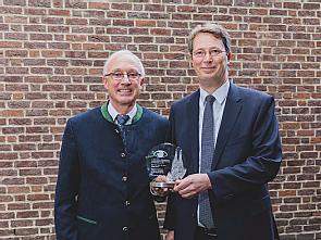 Prof. Dr. Dr. Franz Grehn und Prof. Dr. Claus Cursiefen (v.l.), Foto: Kai Funck
