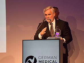 Prof. Dr. Eckhard Schönau, Foto: Jörn Grabert