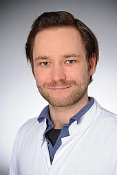 Dr. Robert Rau