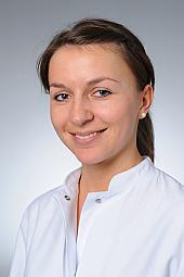 Dr. Karin Rau