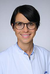 Dr. Lisa Steven