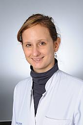 Dr. Veronika Dunkl