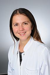 Dr. Christina Kowoll