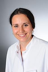 Dr. Anna Schönberger