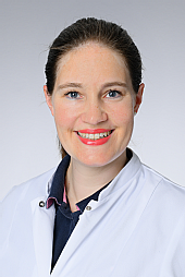 Dr. Julia Fischer