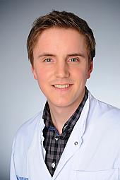 Dr. Max Lange