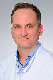 Dr. Daniel Huys