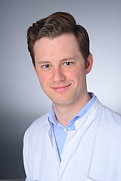 Dr. Julian Dronse
