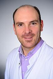 Dr. Fabian Dörr