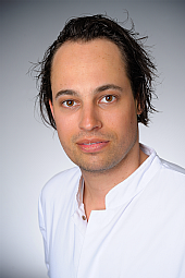 Dr. Nils Fabian Mokwa