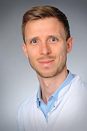 Dr. Linus Völker