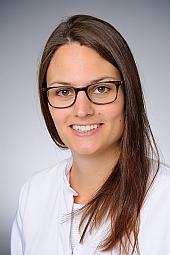 Dr. Carina Harzheim