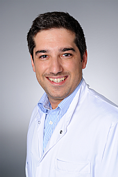 Dr. Cem Özel