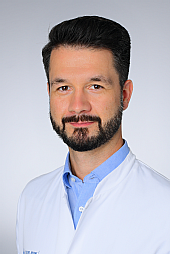 Dr. Christian Baues