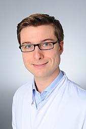 Dr. Lukas Hensel