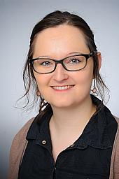 Alexandra Zapf
