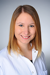 Dr. Marie Düster