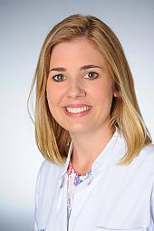 Dr. Lisa Schmitz