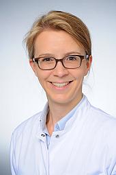Dr. Anna Höink