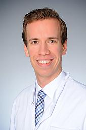 Dr. Lukas Görtz