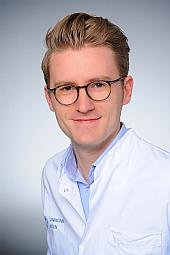 Dr. Simon Lennartz