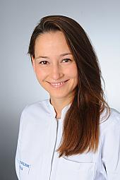 Dr. Agnes Hackl