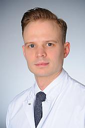 Dr. Stephan Uschok