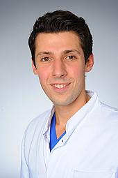 Dr. Alexander Hof