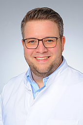 Dr. Julius Niehoff