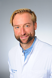 Dr. Lukas Volz