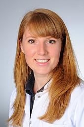 Dr. Stefanie Paquet