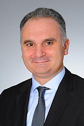 Dr. Ugur Özsahin