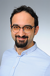 Dr. Mert Karakaya