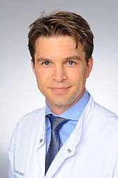 Dr. Fabian Dusse